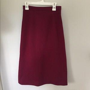 Maroon straight skirt